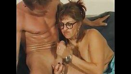 Mlada baba upala je u analni grupni seks film porno family