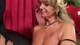 Vruća seksi ebanovina Kira porno mouve Noir pogodila je podrum bdsm-a