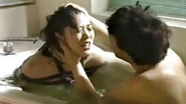 Prekrasna porno tube 2012 18-godišnja ljepotica jebe se teško s muškarcem