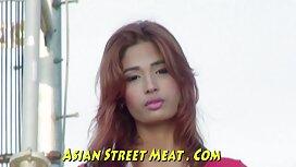 Vitka Nataha masturbira porn film stream u kupaonici