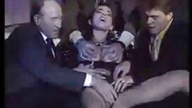 Lijepa Iveta strastveno video porno mom miluje međunožje na kauču