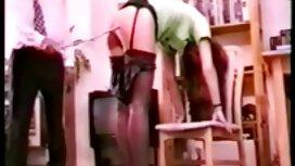 Seksi plavuša film porno mom u ružičastoj stazi