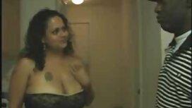 Veliki crveni falus ulazi u video porno mom plavušu plavuše