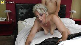 Dvije sočne lezbijke strastveno video porno mom se jebu na krevetu