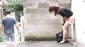 Seksi plavuša sexfilm mom puhne ukočenim blowjob