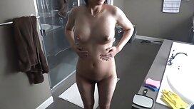 Slatka azijska djevojka sos porno tube s prekrasnom guzom voli sisati pišanje