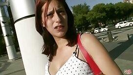 Crnokosa s bijelom kožom Ava Dalush u crnim čarapama dobiva jebenu marture porno crnu pumpu