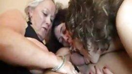 Djevojke su skinute i udarane, nakon čega su vezane i počele su silovati mom son porno film velikim vibratorima i drugim seksualnim igračkama