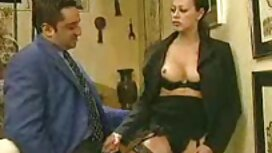 Sluškinja je ušla u kadu i sex porno 300 jebala se s ljubavnicom vibratorom