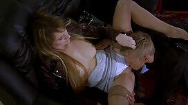 Mlada kuja se porno bus zajebava u anal, a treba joj samo jedan penis